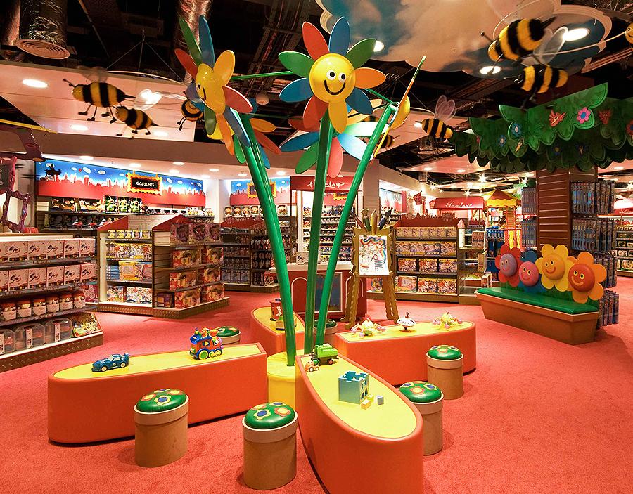 Как выгодно открыть магазин игрушек